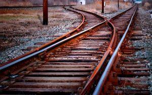train tracks diverging